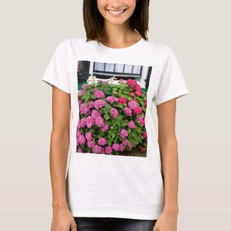 Pink hydrangeas, Holland T-Shirt