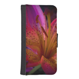 Pink Lily - Beautiful Mess iPhone SE/5/5s Wallet Case