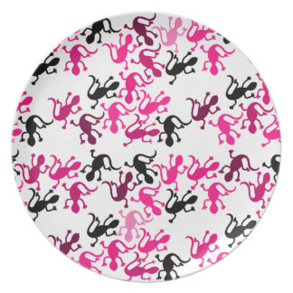 Pink lizards pattern plates