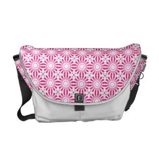 Pink Mandala Pattern Bolsa De Mensajeria