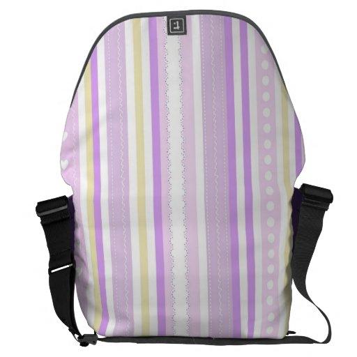 Pink pattern messenger bag