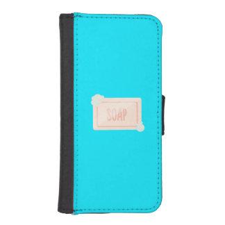 Pink piece of soap with bubbles Q1Q iPhone SE/5/5s Wallet Case