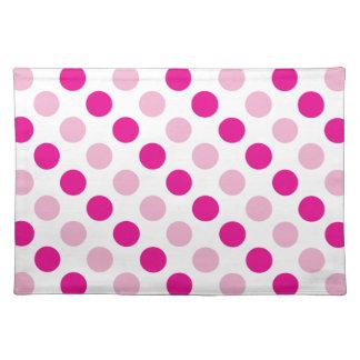 Pink polka dots pattern placemat