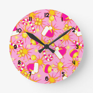 Pink - Santa's cap Round Clock
