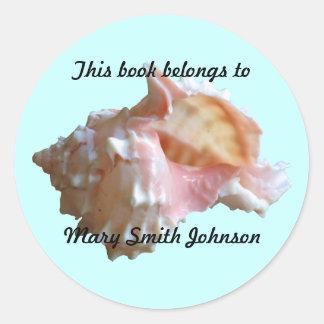 Pink Seashell On Blue Bookplates Round Sticker