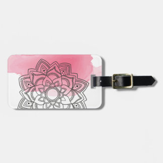 Pink sends it luggage tag