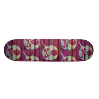 Pink skull skateboard. skate deck