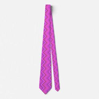 Pink stripes zigzag pattern tie