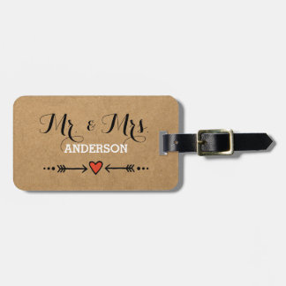 Pink Sweethearts & Arrows Rustic Surname Mr & Mrs Luggage Tag