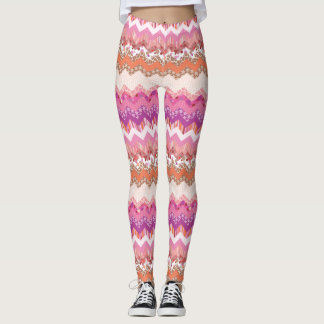 Pink zigzag background leggings