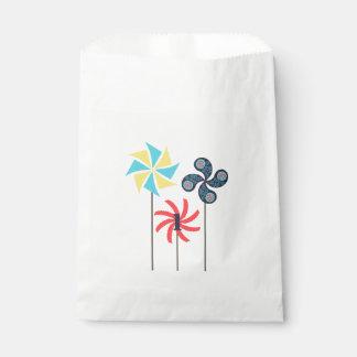 Pinwheel Party Favor Bag {Editable Age}