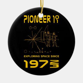 Pioneer 10 & 11 | Space 1972 & 1973 | gold Round Ceramic Ornament