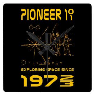 Pioneer 10 & 11 | Space 1972 & 1973 | gold Wallclocks