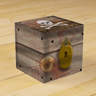 PIRATE TREASURE CHEST by Slipperywindow Favor Box