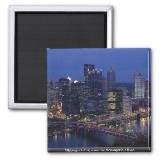 Pittsburgh au crépuscule, à travers la rivière de  aimant pour réfrigérateur