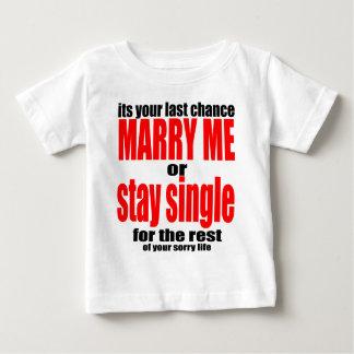 pity pitying proposal marry single couple joke quo baby T-Shirt