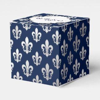 PixDezines fleur de lis silver Favor Box