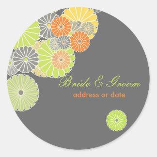 PixDezines Kiku (chrysanthemum), citrus color Classic Round Sticker