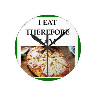 pizza round clock