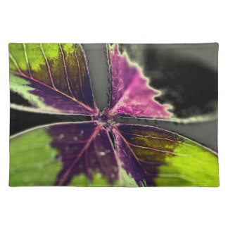 Placemat 4 Leaf Clover purple green