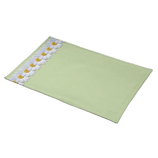 Placemat - New Daisies on Green