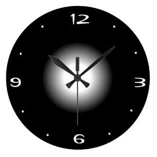 Plain Black and White >Kitchen Clock