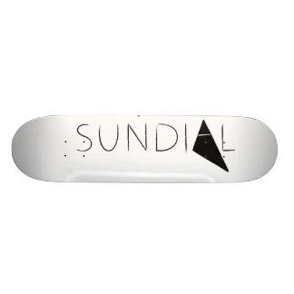 Planche à roulettes de cadran solaire plateau de planche à roulettes