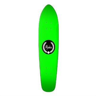 """Planche à roulettes de """"guirlande"""" de vert de plateau de planche à roulettes"""