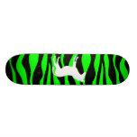 Planche à roulettes verte de zèbre planches à roulettes customisées