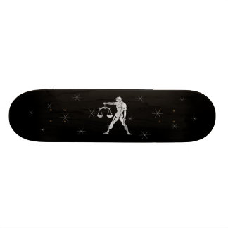 Plate-forme argentée de planche à roulettes de skateboard