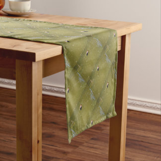 PLATYPUS DIVING IN WATER EUNGELLA AUSTRALIA SHORT TABLE RUNNER