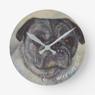 PLAYFUL AND CUTE PUG ROUND CLOCK