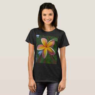 Plumeria flower from Hawaii T-Shirt