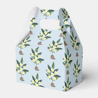 Plumeria Vase Favor Box