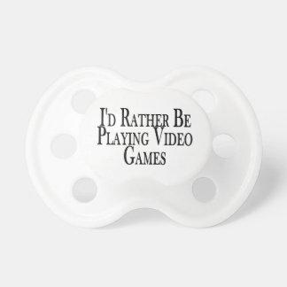 Plutôt joue des jeux vidéo tétines