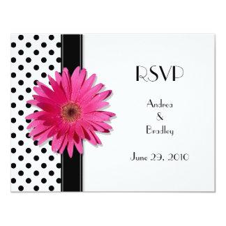 Point de polka blanc de noir rose de marguerite carton d'invitation 10,79 cm x 13,97 cm