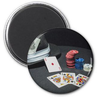 Poker cards gangster hat magnet