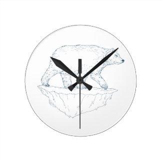Polar Bear Walking Iceberg Ukiyo-e Round Clock