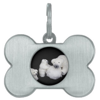 Polar bears family figurines playing with snowball pet name tag
