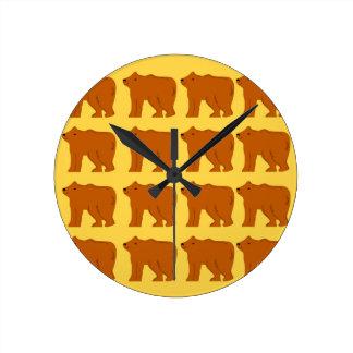 Polar bears on Gold Round Clock