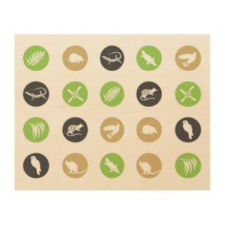 Polka dot Australian animals green Wood Print