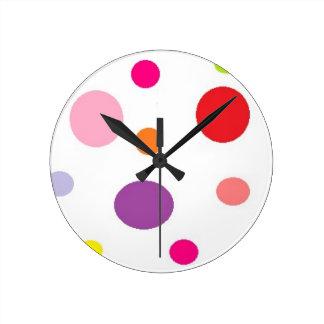 polkadots round clock