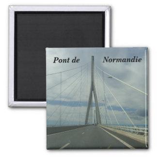 Pont de Normandie - Square Magnet
