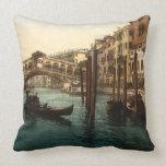Pont I, Venise, Italie de Rialto Coussin