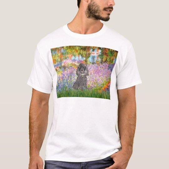 Poodle (8S) - Garden T-Shirt