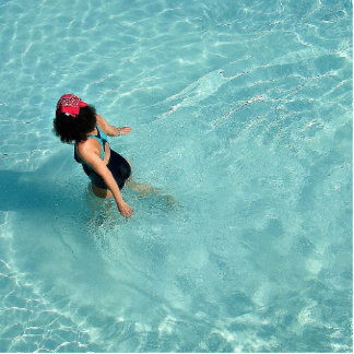 pool photo sculpture keychain