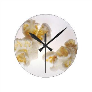 Popcorn Round Clock