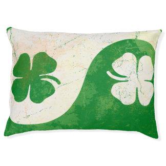 Popular Irish Shamrock Design Pet Bed