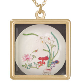 Porcelain dish, famille rose decoration, Yung Chen Gold Plated Necklace