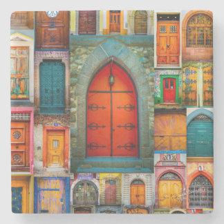 Portes des beaux-arts d'orange du monde dessous-de-verre en pierre